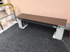 普段は普通のベンチです